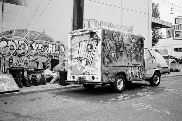 The other Portlandia 2021/07/01 | Pentax IQZoom (Espio)150 | Kodak TriX 400