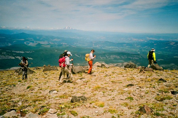 A Hike up Barrett Spur. Olympus XA. Fujicolor Industrial.