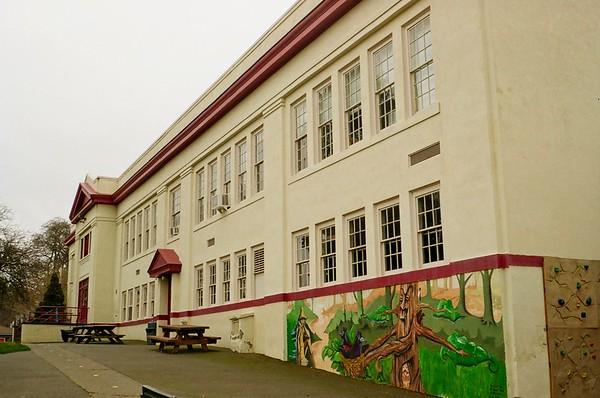 Mosier School, built 1920
