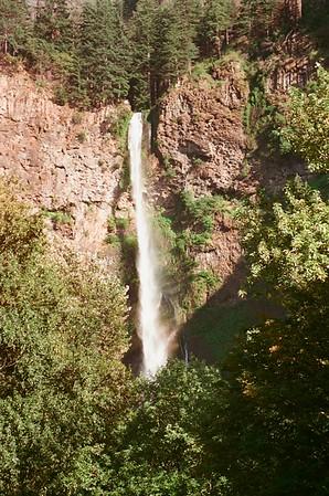 Multnomah Falls 2021/06/18 | Olympus OM2 | Silberra 50