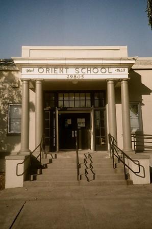 The West orient school. Olympus XA | Lomo Metropolis | 2020/10/03