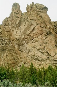 Smith Rock - 2021/05/23   Olympus OM1   Tokina AT-X 28-85   Kodak Color Plus 200