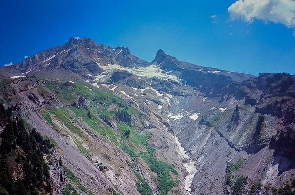 Yocum Ridge, 2021/08/01 | Olympus XA | Velvia 100