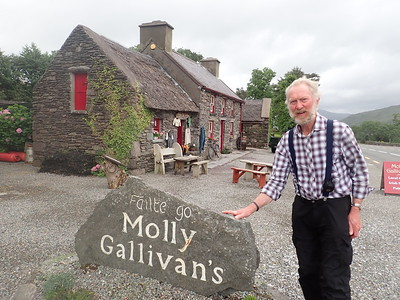 Molly Gallivans traditional Cottage and Visitors Centre