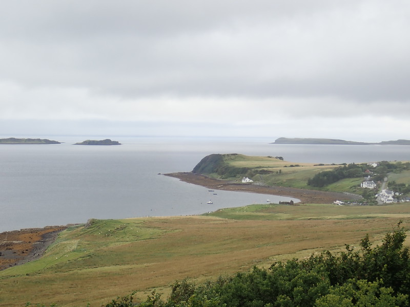Views along the Waternish road  at Trumpan