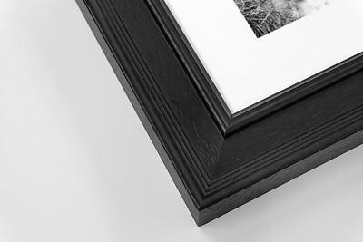 P6-Black-Woodgrain_Framed-Print_Digitalab