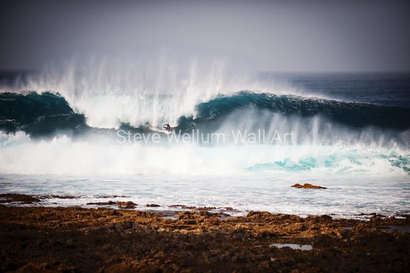 La Santa Shorebreak