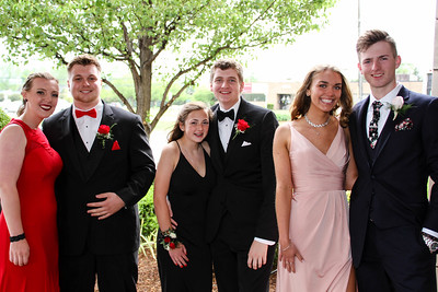 Walled Lake Central prom 2017