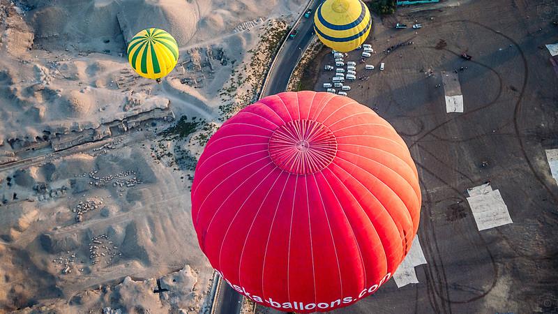 Egypt - Luxor - Lots of Balloons.JPG