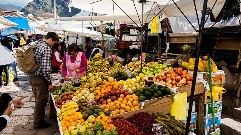 Peru - Pisac Market.jpg