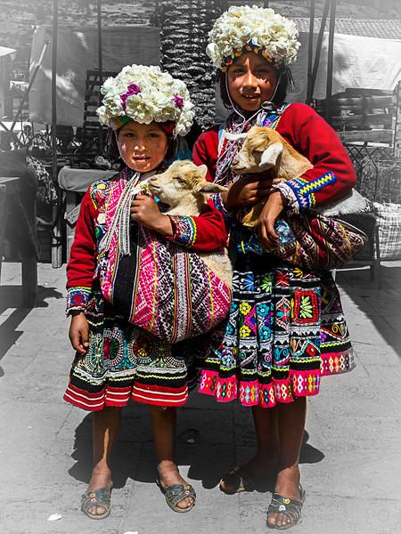 Peru - Pisac Market-5.jpg