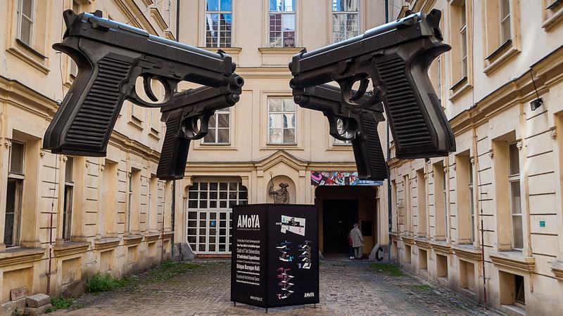 Czech Rep - Prague - David Cerny-2.jpg