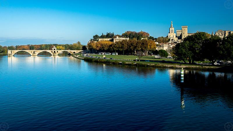 France - Avignon- Pont du Avignon.jpg