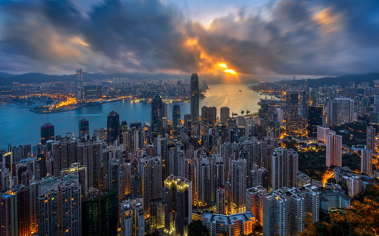 Golden Hong Kong Morning