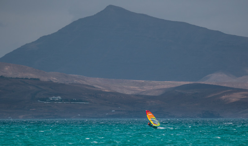 Roger Protzen speed-sailing at Sotovento