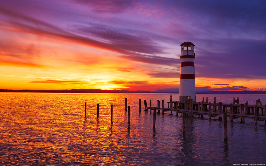 A sunset lighthouse 1920x1200