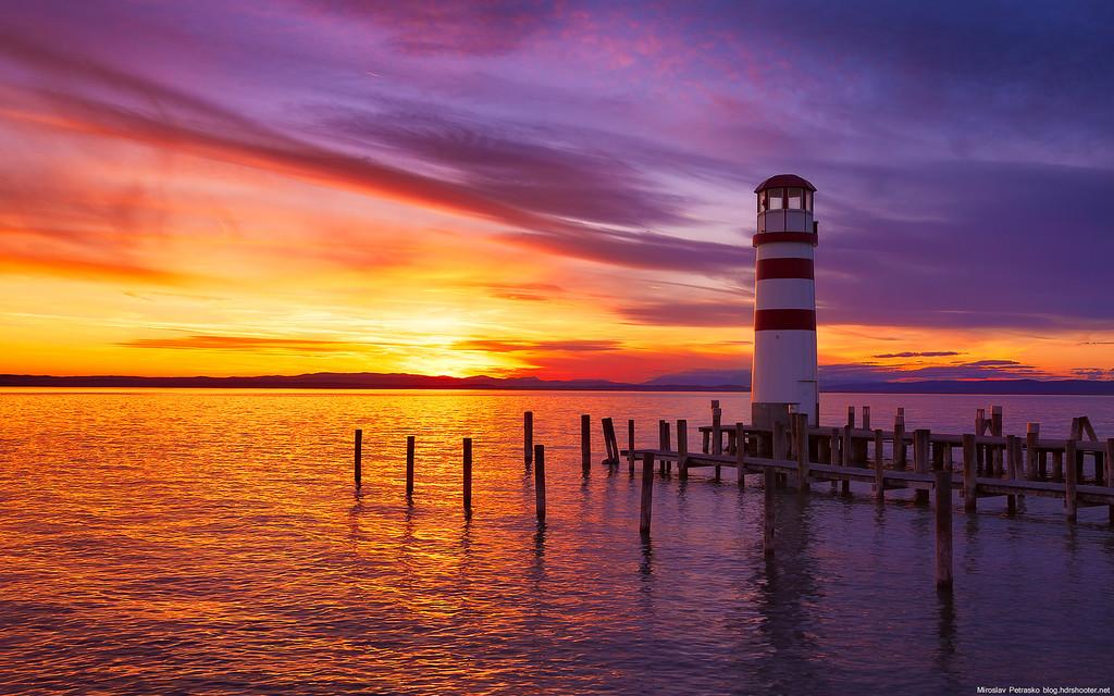 A sunset lighthouse 1920x1200