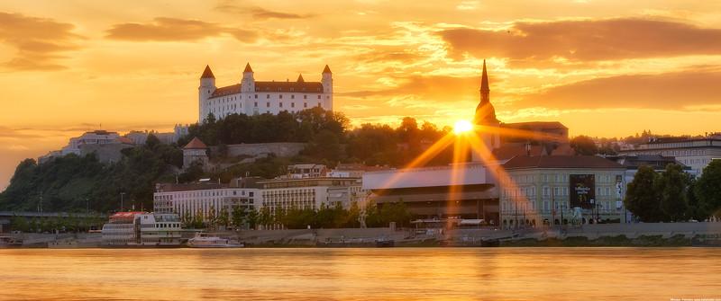 The setting sun in Bratislava wallpaper