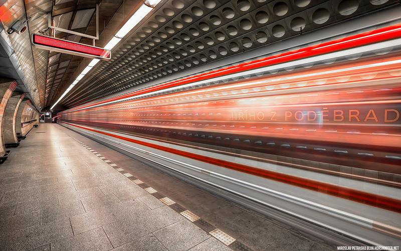 Moving Underground 1920x1200