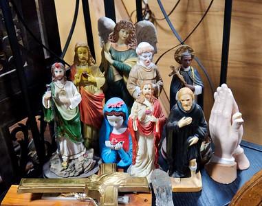 Religious crowding