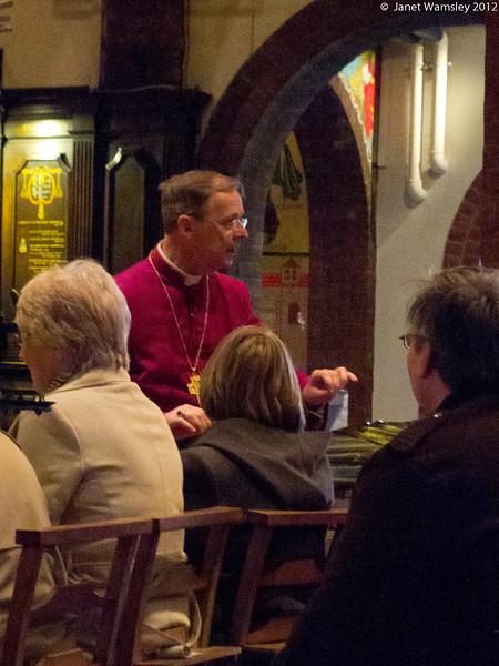 Bp. Lindsay addresses the day pilgrims