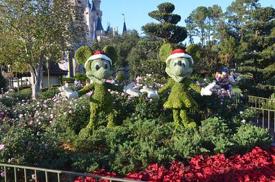 Mickey and Minnie near entrance to Tomorrowland
