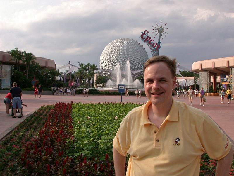 Dirk with Spaceship Earth in the background.