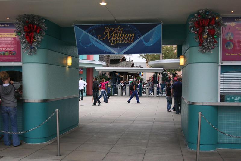 Disney's Hollywood Studios Entrance