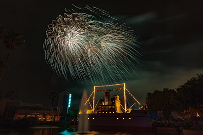 Symphony in the Stars Fireworks (2016)