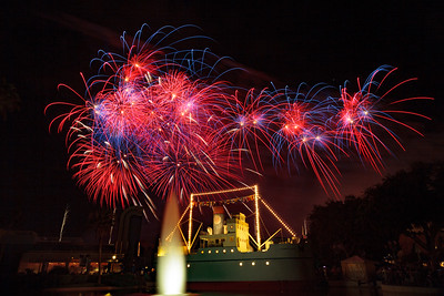 Symphony in the Stars Fireworks (2015)