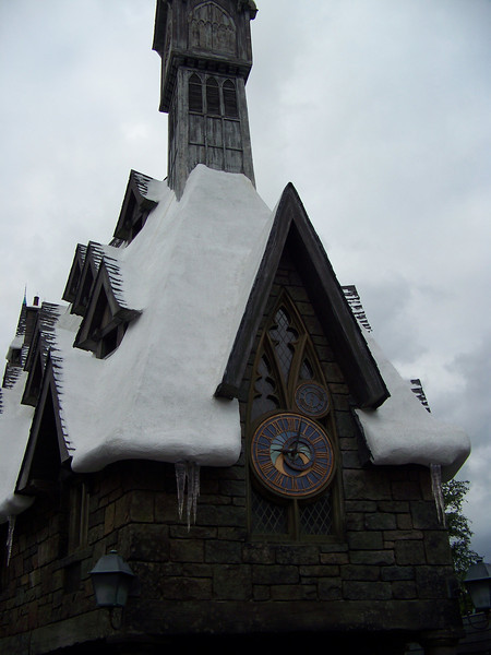 This building is the home of the Owl Post.<br /> [Universal Islands of Adventure - Wizarding World of Harry Potter]