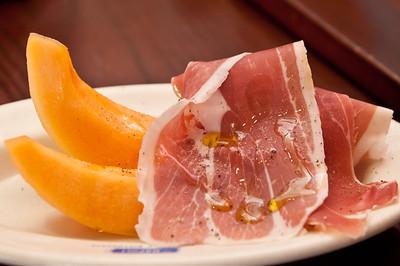 Prosciutto e Melone - parma ham, cantelope