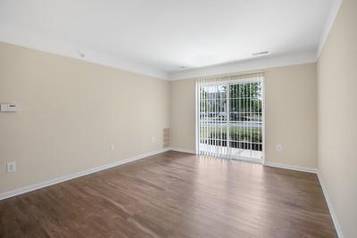 waltonwood-canton-mi-025 Living Room