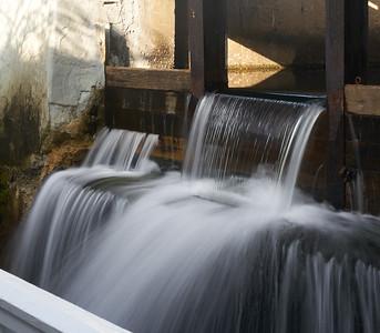Mill Falls Waterfall -- Fluid Look