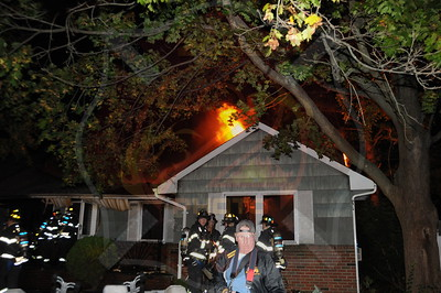 Wantagh F.D. Signal 10 801 Oakfield Ave. 10/15/12