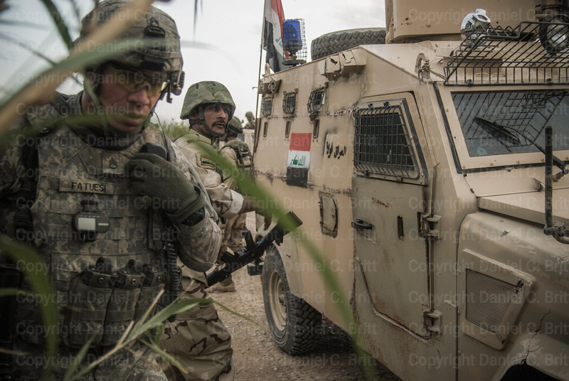US Advisors Train Iraqi Soldiers