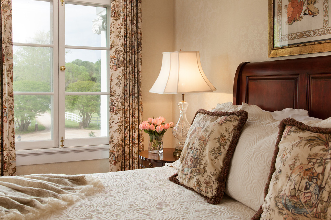 WarnerHall Rooms Meriwether 02 X2 History, Luxury and Hospitality: They Have it ALL at Warner Hall!