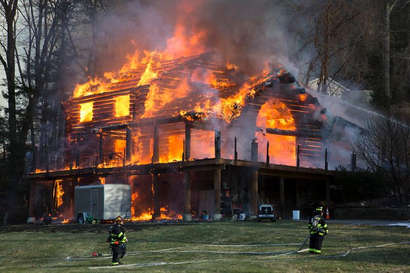 erbwarwickhousefire10