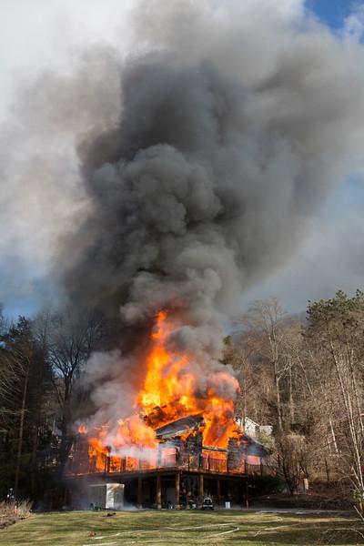 erbwarwickhousefire11