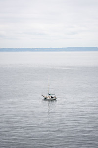 sailboat in the puget sound near olympic national park