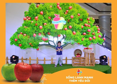 Washington-Apple-Song-Lanh-Manh-Them-Yeu-Doi-activation-photo-booth-Chup-anh-in-hinh-lay-lien-Su-kien-tai-Ha-noi-Photobooth-Hanoi-76