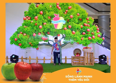 Washington-Apple-Song-Lanh-Manh-Them-Yeu-Doi-activation-photo-booth-Chup-anh-in-hinh-lay-lien-Su-kien-tai-Ha-noi-Photobooth-Hanoi-77