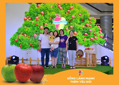 Washington-Apple-Song-Lanh-Manh-Them-Yeu-Doi-activation-photo-booth-Chup-anh-in-hinh-lay-lien-Su-kien-tai-Ha-noi-Photobooth-Hanoi-87
