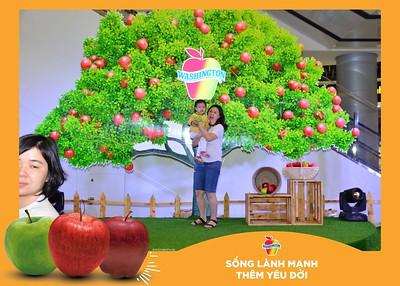 Washington-Apple-Song-Lanh-Manh-Them-Yeu-Doi-activation-photo-booth-Chup-anh-in-hinh-lay-lien-Su-kien-tai-Ha-noi-Photobooth-Hanoi-84