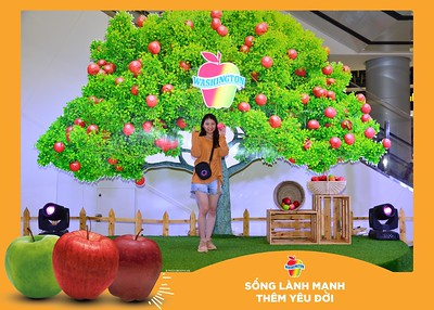 Washington-Apple-Song-Lanh-Manh-Them-Yeu-Doi-activation-photo-booth-Chup-anh-in-hinh-lay-lien-Su-kien-tai-Ha-noi-Photobooth-Hanoi-82