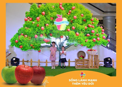 Washington-Apple-Song-Lanh-Manh-Them-Yeu-Doi-activation-photo-booth-Chup-anh-in-hinh-lay-lien-Su-kien-tai-Ha-noi-Photobooth-Hanoi-78