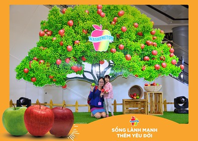 Washington-Apple-Song-Lanh-Manh-Them-Yeu-Doi-activation-photo-booth-Chup-anh-in-hinh-lay-lien-Su-kien-tai-Ha-noi-Photobooth-Hanoi-98
