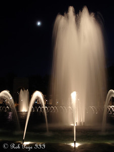 The World War II Memorial - Washington, DC ... November 7, 2005 ... Photo by Rob Page III