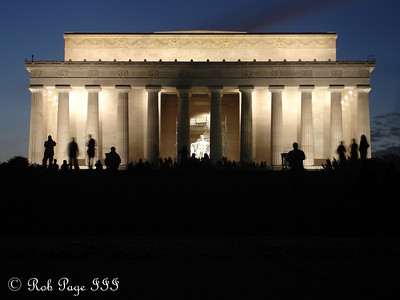 The Lincoln Memorial at sunset - Washington, DC ... November 5, 2005 ... Photo by Rob Page III