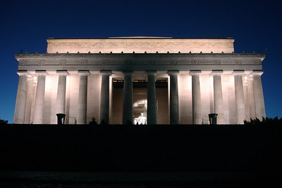 The Lincoln Memorial - Washington, DC ... October 30, 2005 ... Photo by Rob Page III